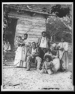 Civil War era Photo of slaves on plantation